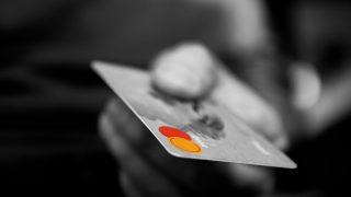 リクルートカードはnanacoのチャージでもポイント!ETC、家族カードあり!